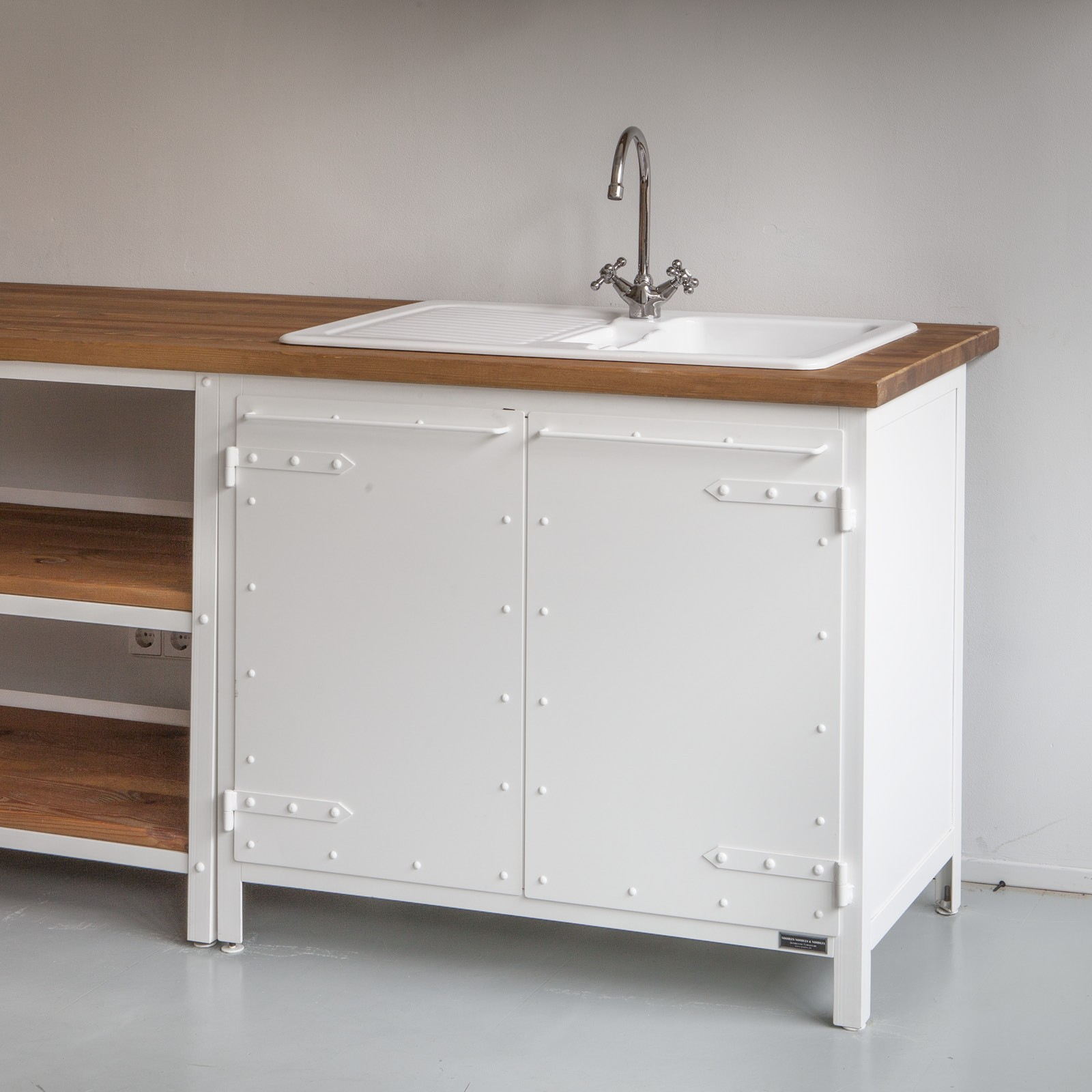 Küchenschrank BASIC | LIVING WITH STYLE